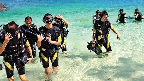 Club Unique Phuket Thailand PATONG BEACH CLUB PARADISE BEACH 14