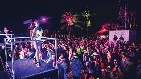 Club Unique Phuket Thailand PATONG BEACH CLUB PARADISE BEACH 15