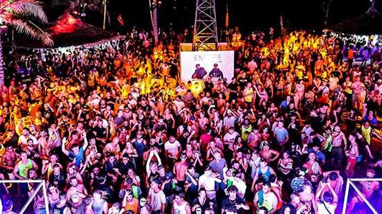 Club Unique Phuket Thailand PATONG BEACH CLUB PARADISE BEACH 17